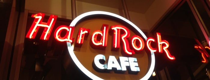 Hard Rock Cafe Detroit is one of Viddles.