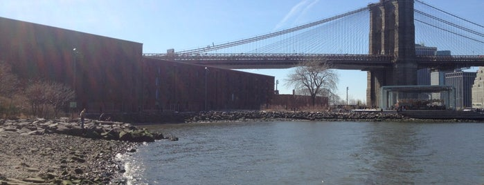 Brooklyn Bridge Park Pebble Beach is one of to do New York.