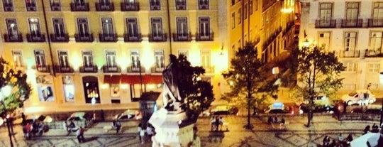 Praça Luís de Camões is one of Cantinhos de LX.