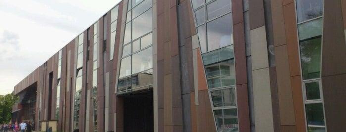 Centrum Nauki Kopernik is one of StorefrontSticker #4sqCities: Warsaw.