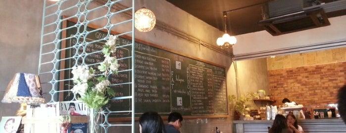 Fat Spoon Café is one of Cafe & Kopitiam.
