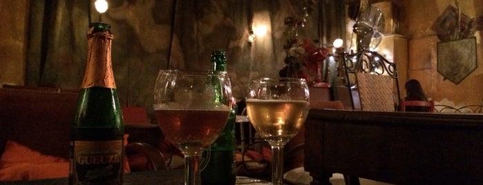 Le Bar Sans Nom is one of Bars du Jeudi.