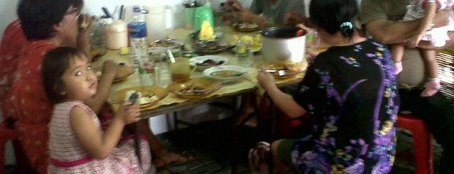 """Kedai Makan Kwe Tiaw Pontianak """"ADY JOY"""" is one of Best """"Chinese Food"""" in Semarang."""