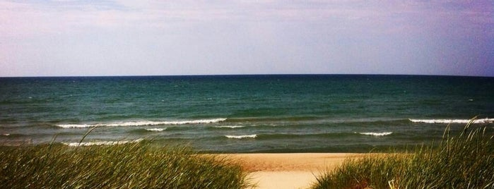 Indiana Dunes National Lakeshore is one of National Parks.