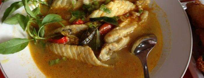 Sop Gule Kepala Ikan Pak Untung Cab.Kelapa Gading is one of Tempat Makan Enak.