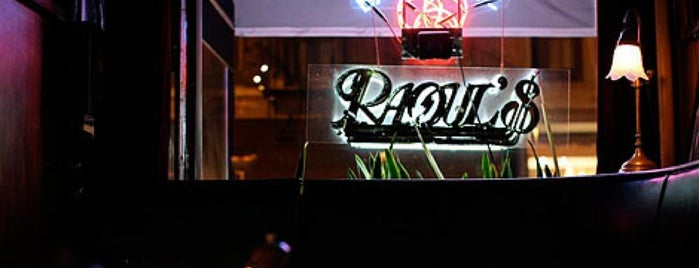 Raoul's Restaurant is one of Breather + Foursquare Guide to SoHo.
