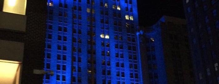 MetLife Building is one of Favorite Haunts.