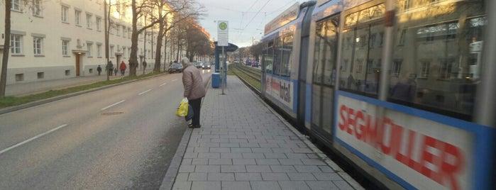 H Briefzentrum is one of München Tramlinie 17.