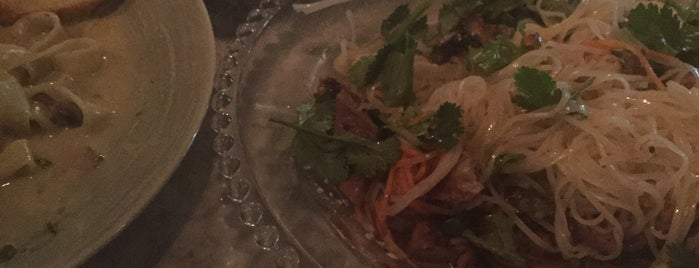 Tamarind by miss saigon is one of Itaewon food.