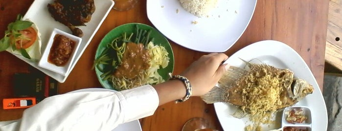 Ayam Trinity is one of Fried Check-in Badge in Bali.