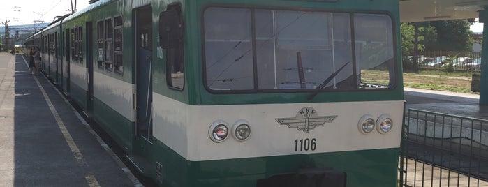 Budakalász (H5) is one of Hév megállók.