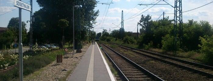 Szigethalom (H6) is one of Hév megállók.