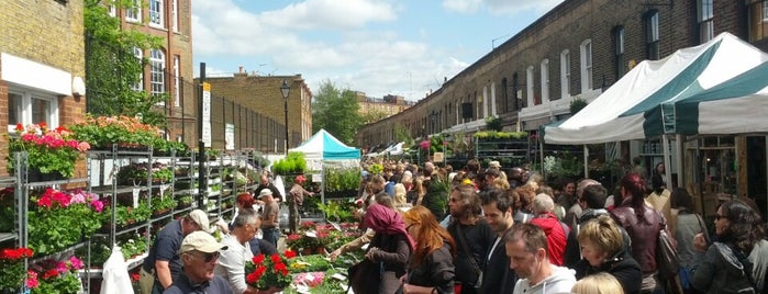 Columbia Road Flower Market is one of East London.