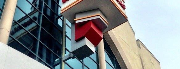 Regal Cinemas Pointe Orlando 20 & IMAX is one of Favorite Arts & Entertainment.