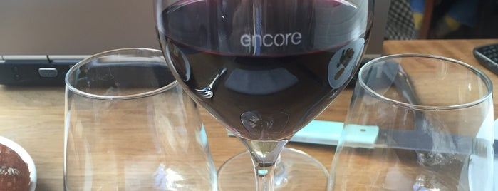 Encore is one of Paris.