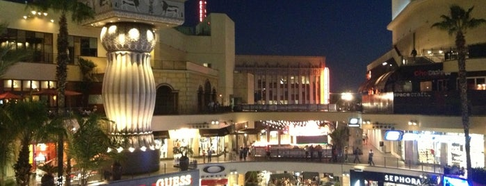 Hollywood & Highland Center is one of Theaters.
