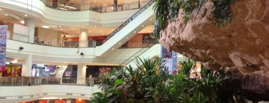 The Mall Bangkapi (เดอะมอลล์ บางกะปิ) is one of All-time favorites in Thailand (#2).