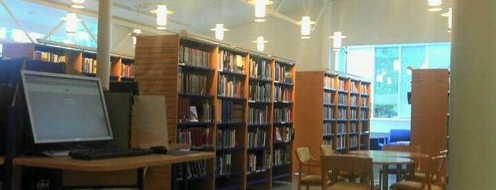 Nöykkiön kirjasto is one of HelMet-kirjaston palvelupisteet.
