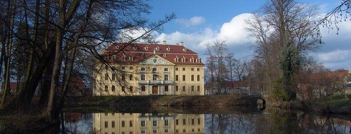 Barockschloss Wachau is one of Burgen und Schlösser.