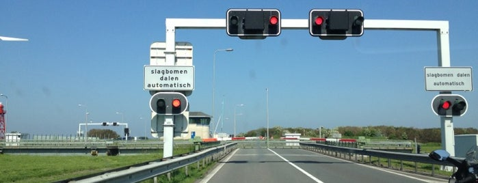 Brug Den Oever is one of Bridges in the Netherlands.
