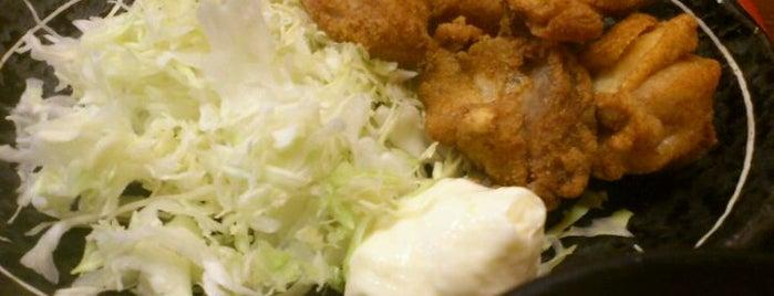 三好弥 鶏料理店 is one of 月島もんじゃレス.