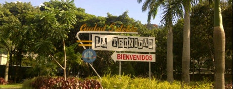 La Trinidad is one of Plazas, Parques, Zoologicos Y Algo Mas.