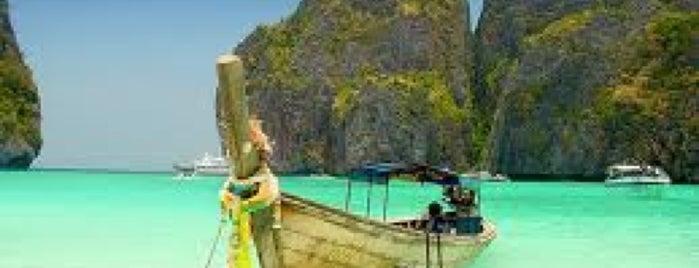 เกาะพีพี (Phi Phi Island) is one of Places in the world.