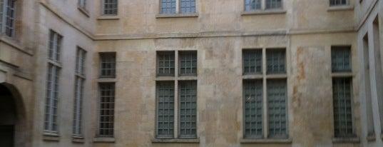Musée Cognacq-Jay is one of Musées de Paris.