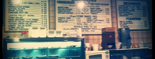 Pie 'n Burger is one of Best Places to Check out in United States Pt 2.