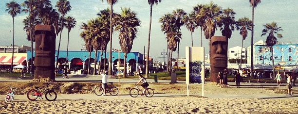Venice Beach Boardwalk is one of Road Trip Bucket List with Midlife Road Trip.