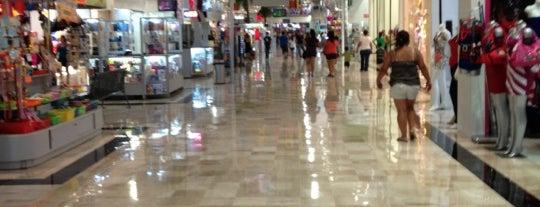 Sun Mall is one of Centros Comerciales en Monterrey México.