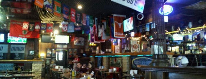 McKinney Avenue Tavern is one of SARA! MICHELLE! TEXAS! All good things here...