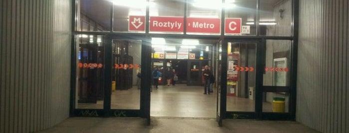 Metro =C= Roztyly is one of Metro C.