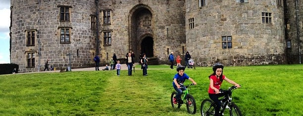 Chirk Castle is one of Historic Castles of North Wales.