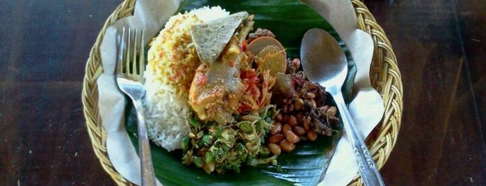 "Nasi Ayam Kedewatan Ibu Mangku is one of Bali ""Jaan"" Culinary."