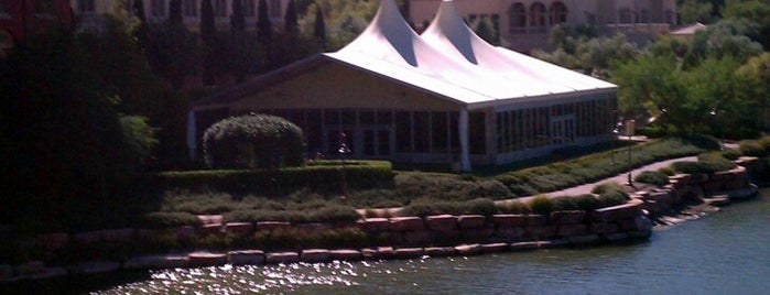 Hilton Lake Las Vegas Resort is one of A local's guide: 48 hours in Las Vegas, NV.