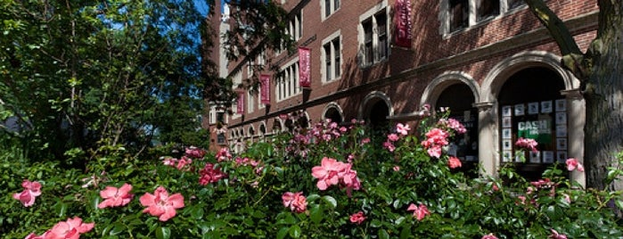 University of Chicago Bookstore is one of Chicago's Best Bookstores - 2012.