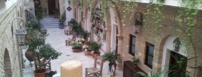 Hacienda Posada De Vallina Hotel is one of Donde comer y dormir en cordoba.
