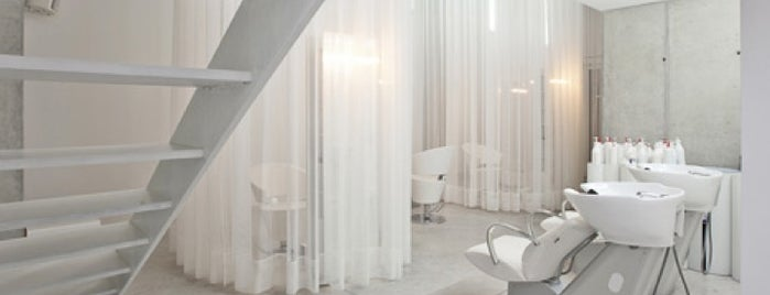 Pedro Remy - New Room is one of Cool Braga.