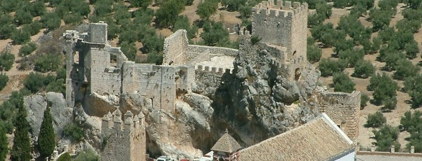 Castillo de Zuheros is one of 101 cosas que ver en Andalucía antes de morir.