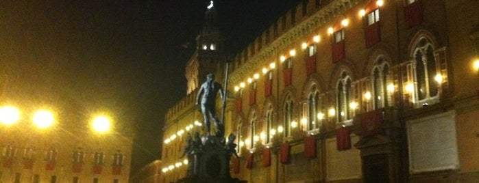 Piazza Nettuno is one of Bologna senza vie di mezzo SI! e NO!.