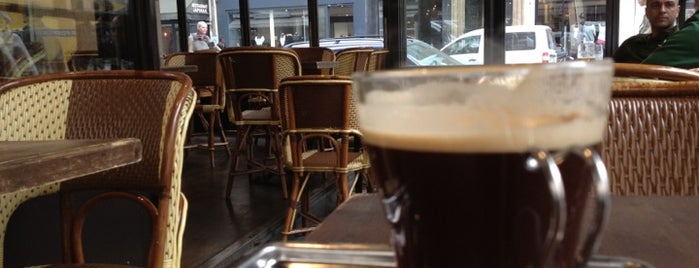 Lézard Café is one of The best after-work drink spots in Paris, France.