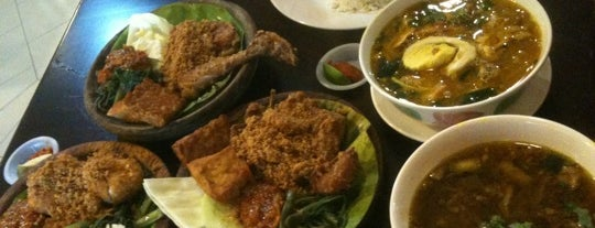 Ayam Penyet Express is one of Must-visit Food in Petaling Jaya.