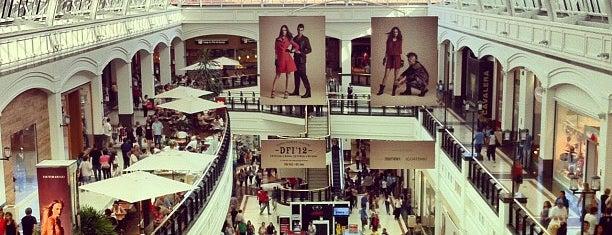 Shopping Iguatemi is one of Meus locais.