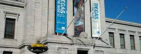 Museum of Fine Arts is one of Places that offer student discounts in Boston.