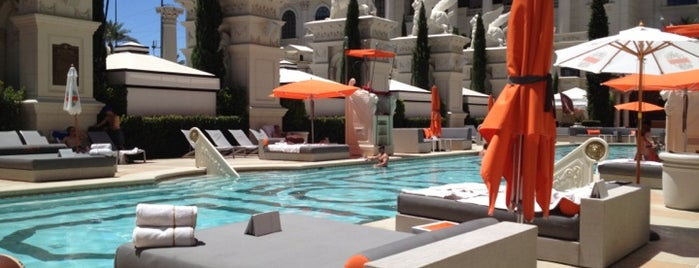 Venus Pool is one of Best Vegas Pool Parties.