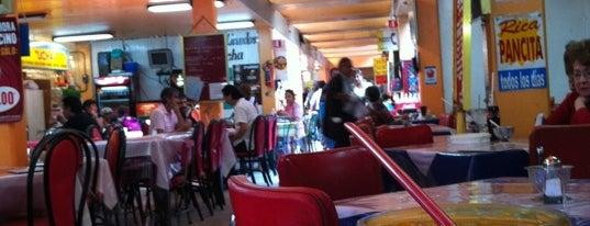 Mercado Melchor Ocampo (Medellín) is one of Mis lugares en México DF.