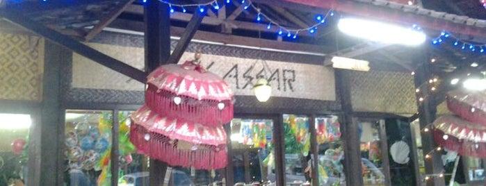 "Restaurant & Pondok Lesehan ""Makassar"" is one of jihan."