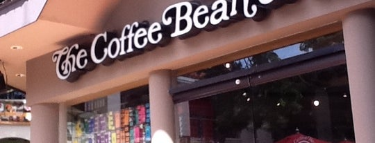 The Coffee Bean & Tea Leaf is one of Jojo and Toto's Food Tripping List.