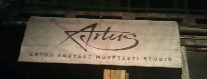 Artus Színház & Kortárs Művészeti Stúdió is one of 1.